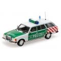 Berlin Autobahn Polizei Mercedes Benz 250TD