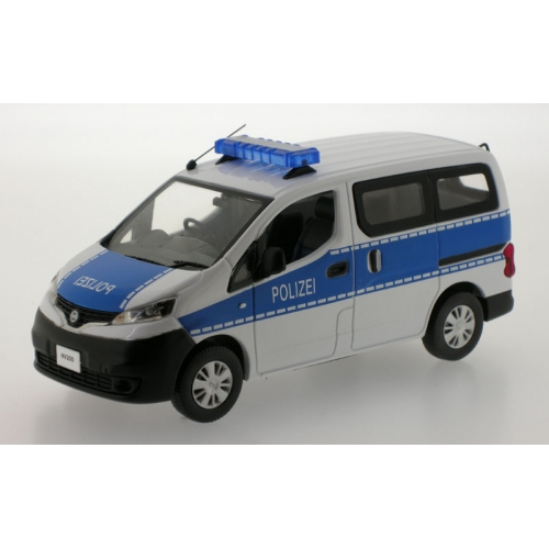 German Polizei Nissan NV200